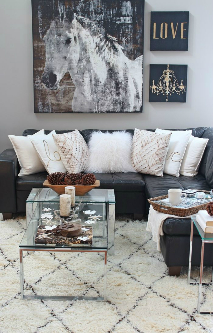 Black and White Living Room Ideas  15 Black and White Living Room Ideas Using the Best Coffee Table Designs 167fe3a9ae59672f6224d15fa08f3813 1