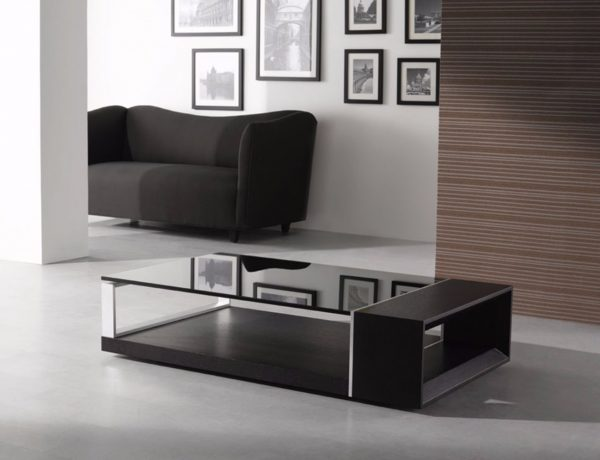 Black Coffee Tables That Give A Sophisticated Look To Your Room | www.bocadolobo.com #sophisticatedcoffeetable #coffeetable #centertable #luxury #luxurybrands #luxurious #livingroom #sittingroom #roomdesign