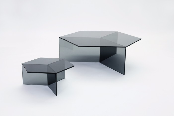 glass coffee table The Stuning Glass Coffee Tables by Sebastian Scherer isom2