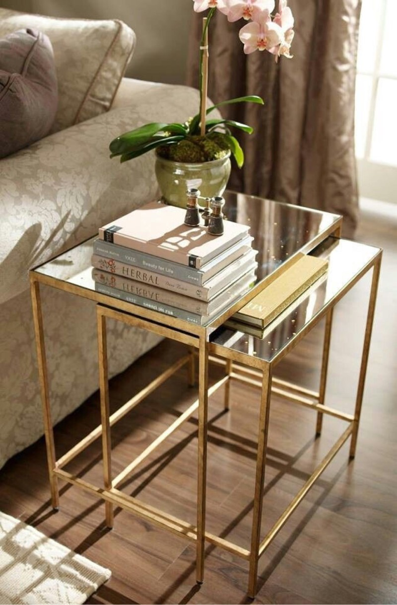 side table decor How Plants Are The New Side Table Decor Trends How Plants Are The New Side Table Decor Trends 3