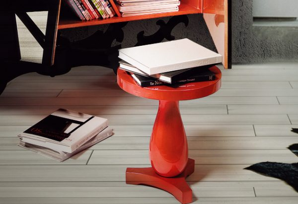 modern side tables 10 Astonishing Modern Side Tables feature 13 600x410
