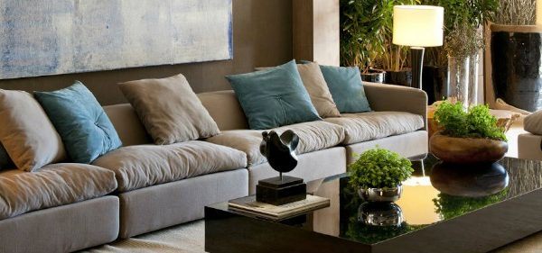 """coffee table Why """"Clearing the Coffee Table"""" is the New """"Making the Bed"""" featured 2 600x281"""