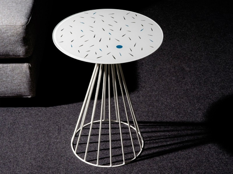 side tables 15 Modern Side Tables To Have In Every Room 15 Modern Side Tables To Have In Every Room 14