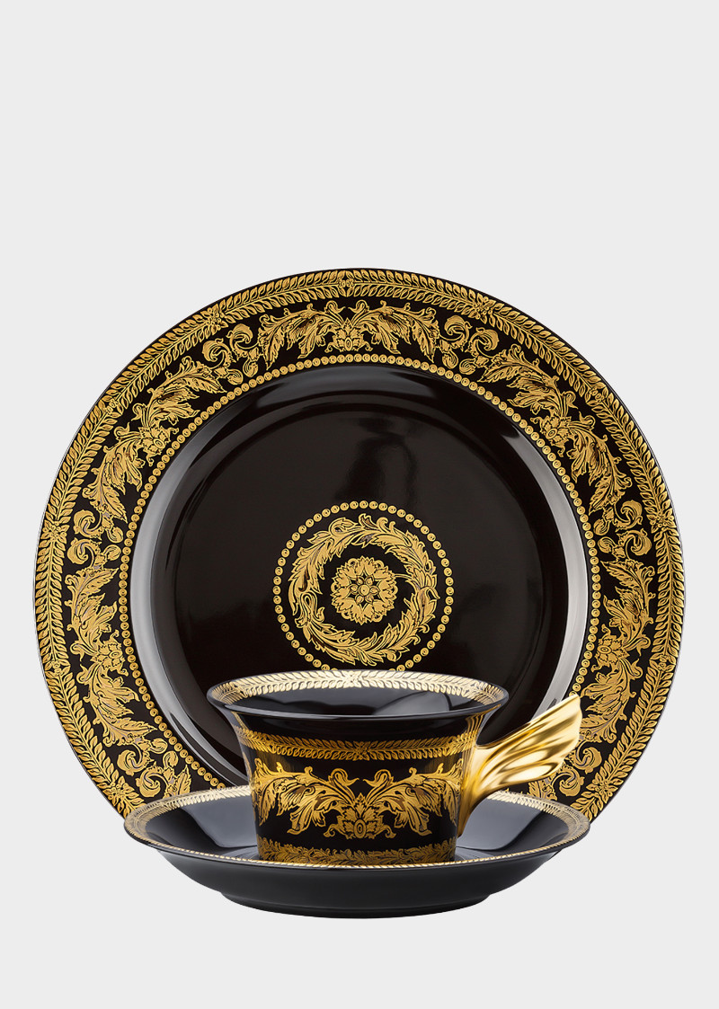 tea and coffee sets tea and coffee sets Versace Home's Tea and Coffee Sets for Your Luxury Coffee Table Versace Home   s Tea and Coffee Sets for Your Luxury Coffee Table1