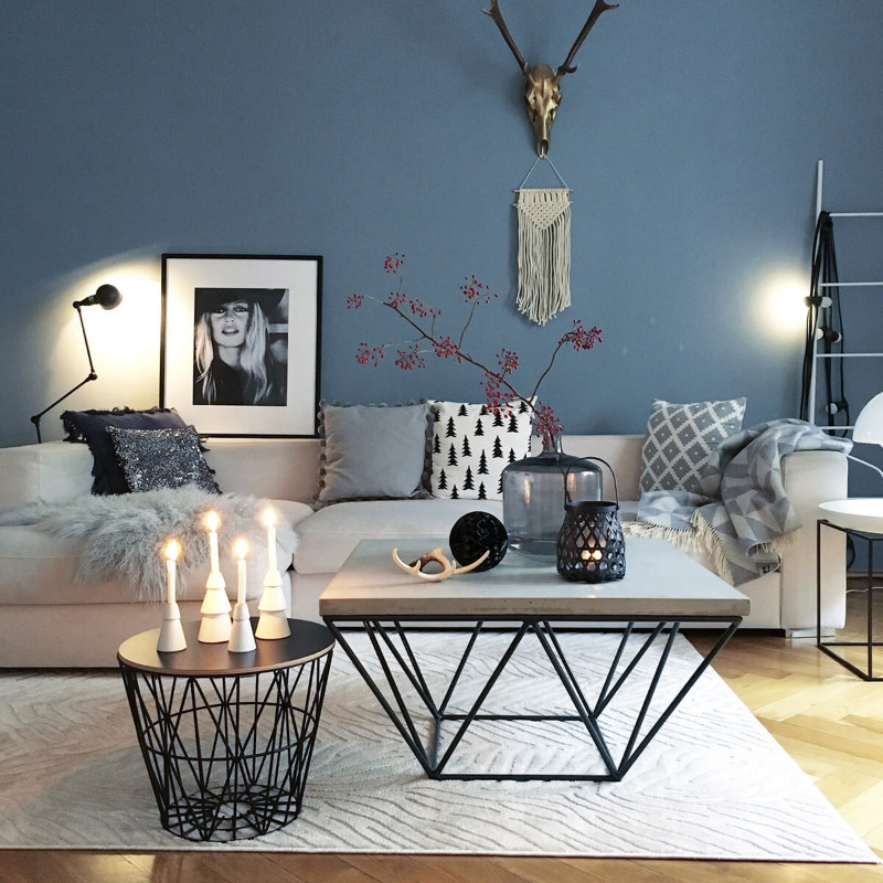 coffee table Top 5 Styling Ideas to Put Your Coffee Table to The Next Level pic5