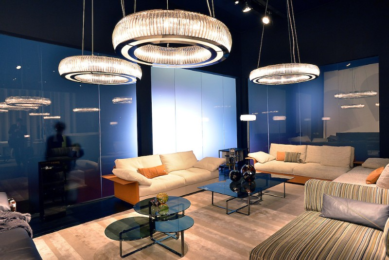 How a Luxury Chandelier Can Elevate Your Living Room Decor luxury chandelier How a Luxury Chandelier Can Elevate Your Living Room Decor How a Luxury Chandelier Can Elevate Your Living Room Decor 4