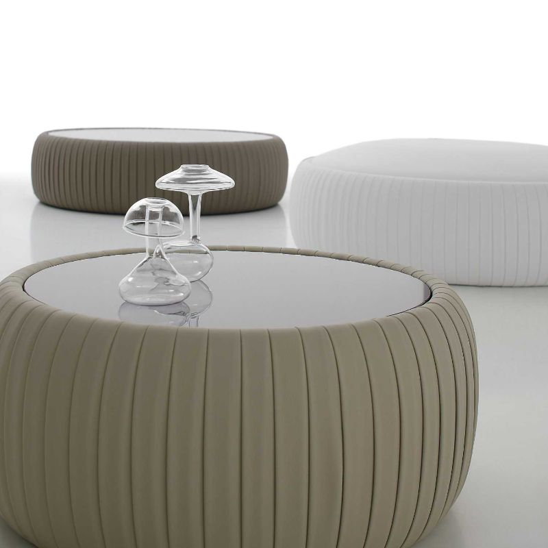 side tables side tables Best Materials for Your Coffee and Side Tables leather2