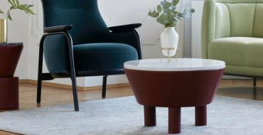 round coffee tables 10 Modern Round Coffee Tables For Your Imposing Living Room round coffee tables feature 370x190